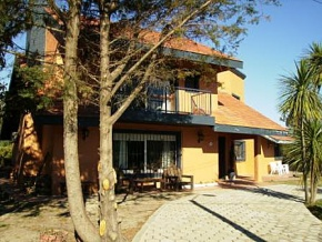 House for sale in Colonia, Uruguay, very near to the coast