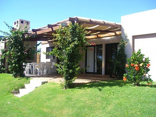 Casa en venta en punta ballena punta del este a 2 for Casas inmobiliaria