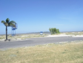 Waterfront Lot for sale in Colonia, Uruguay