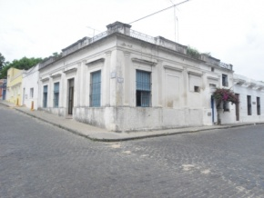 Great corner property for sale in the Historic Quarter of Colonia del Sacramento, Uruguay