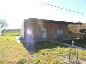 House for sale in Ecilda Paullier with important land of 900 m2 (San Jose, Uruguay)