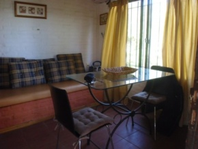 OPPORTUNITY! Furnished apartment for rent half a block from the beach in Colonia