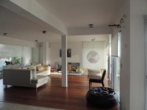 Maravilhosa casa em aluguel no centro de Colonia, com vista ao Rio de la Plata